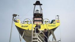 DEN HAAG - Onthulling van het stadslogo op de Burnel boot door wethouder Karsten Klein. FOTO EN COPYRIGHT HENRIETTE GUEST